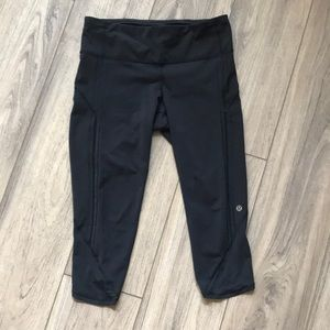 Lululemon cropped yoga pant